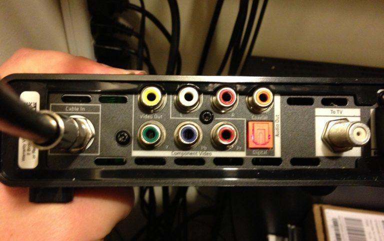xfinity x1 hookup Xfinity x1 hookup can you connect an xbox to a hdmi y splitter then one of the ports to a tv and the other port to a hdmi to rca cable and then plug that into a dazzl how to connect samsung smart tv to cable box using a splitter.